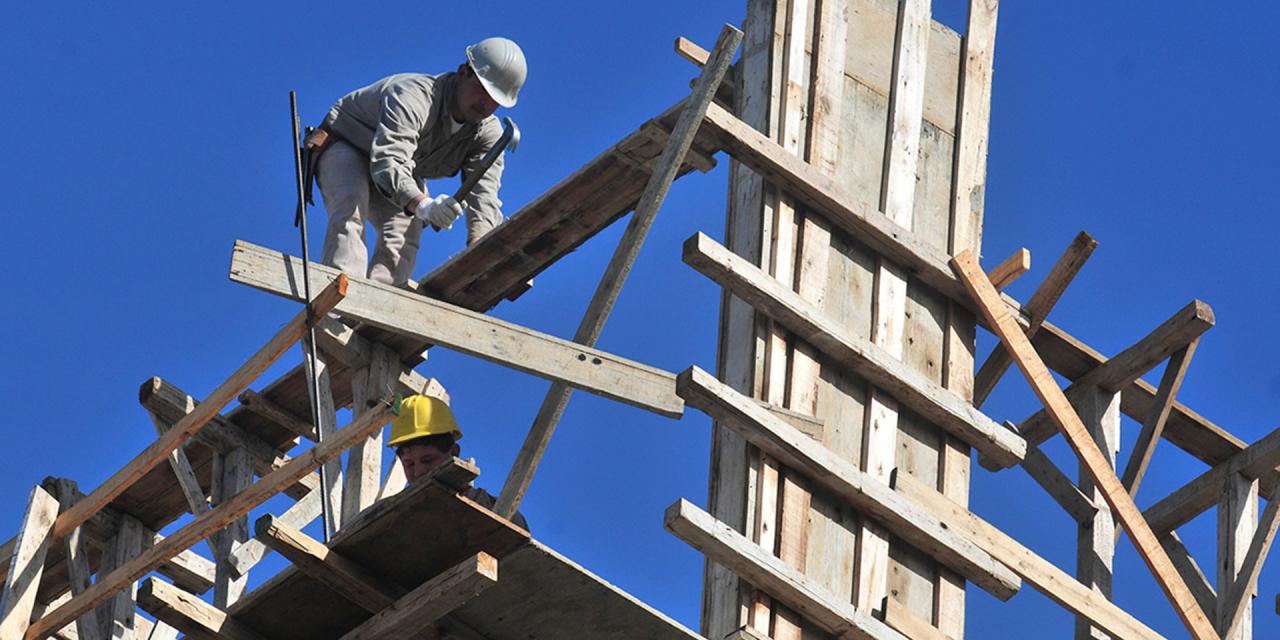 Más del 60% de los pisos de viviendas de Extremadura tienen más de 40 años