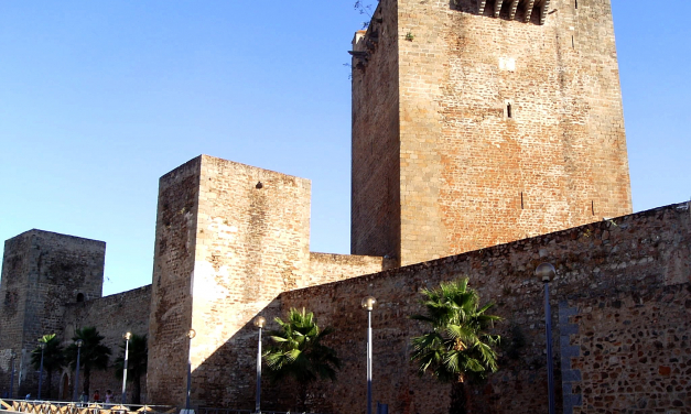Olivenza impulsa los trabajos arqueológicos para poner en valor la Torre del Homenaje