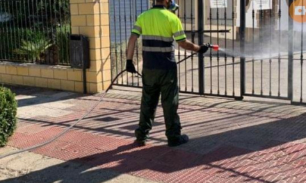 Detectan más casos positivos en Alcántara que sigue confinada por el brote de Covid