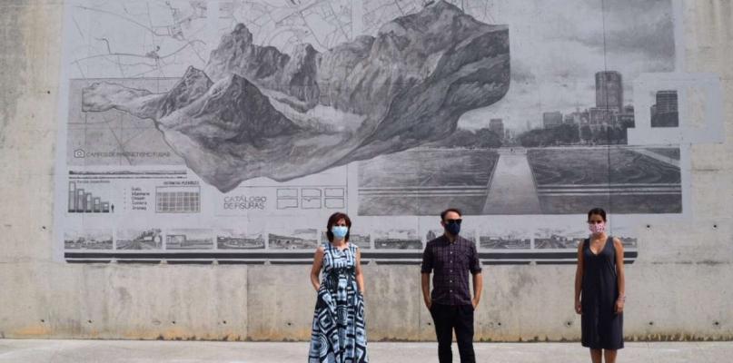 Un mural del moralejano Daniel Muñoz decora los jardines del museo de arte contemporáneo de Badajoz