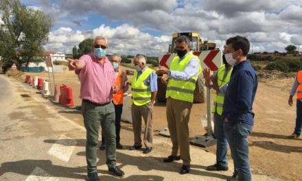 Diputación de Cáceres se compromete a hacer una nueva rotonda en los accesos a Coria