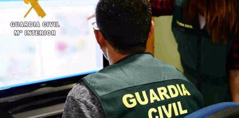 Tres detenidos por abuso sexual en Internet a una joven de 13 años en Cáceres