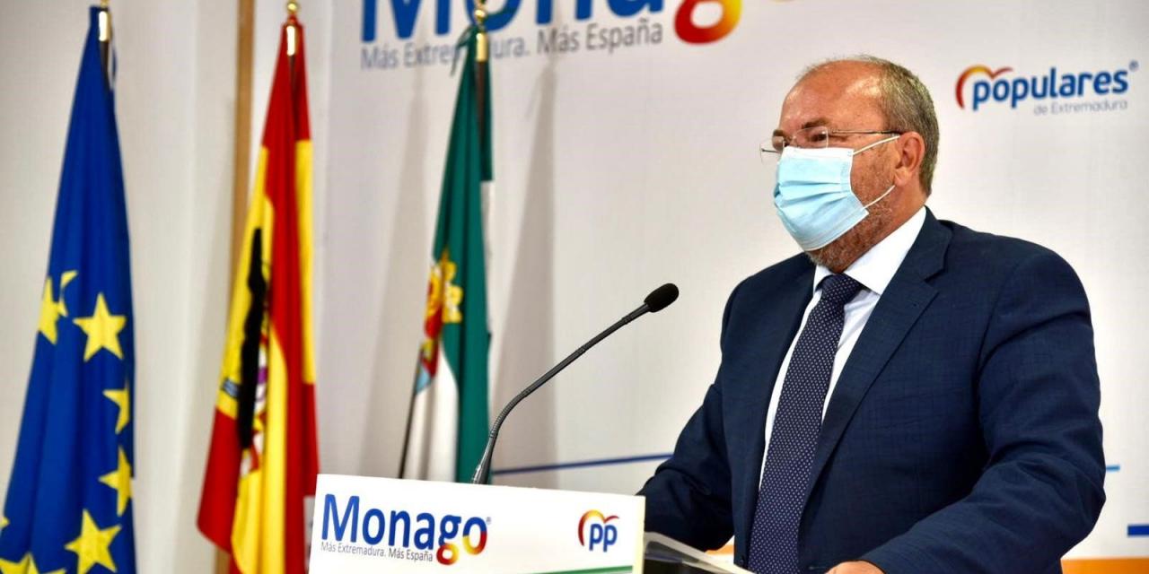 """Monago acusa a Fernández Vara de sacar """"el manual de los recortes"""""""