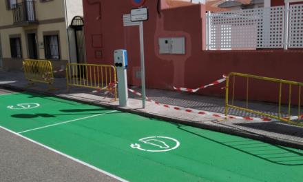 Los vehículos eléctricos ya pueden recargarse en Moraleja, Valverde del Fresno y Valencia de Alcántara