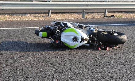 Un motorista resulta herido con trauma craneal en un accidente en Valverde del Leganés