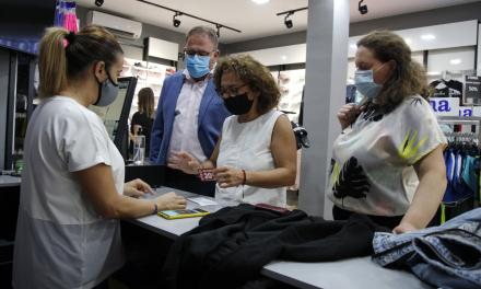 Arranca en Mérida una campaña con descuentos de 20 euros para impulsar el comercio local