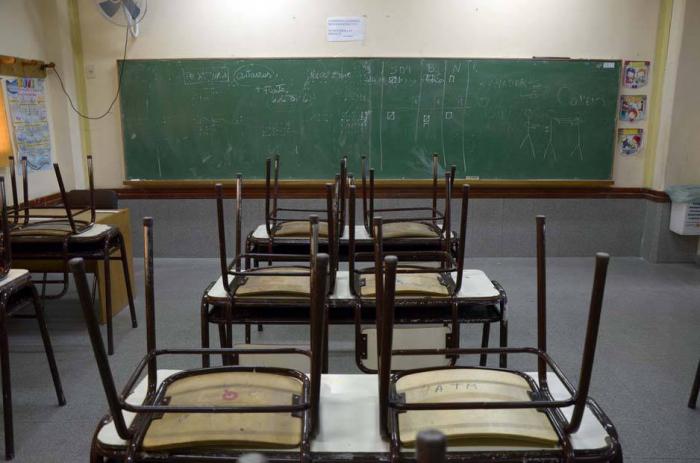 Estudiantes de un colegio de Mérida se aislan en sus casas por el coronavirus