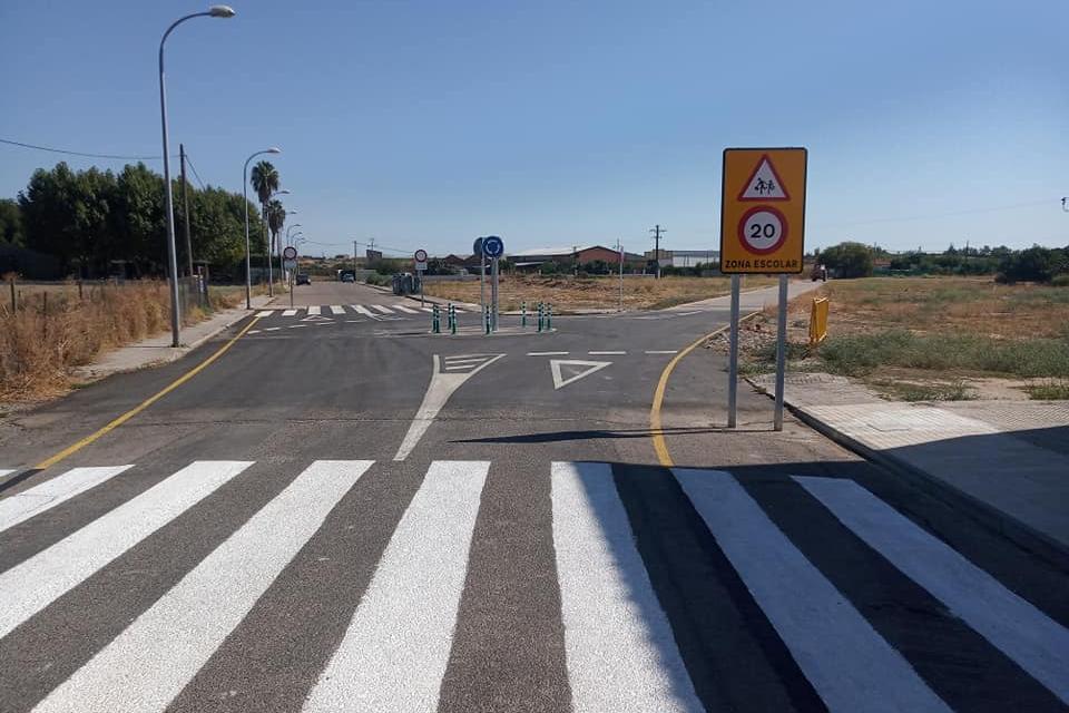 Finalizados los trabajos de mejora en la entrada al colegio público Cervantes de Moraleja