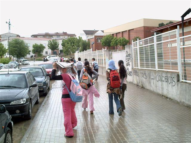 Abren las aulas de Pueblonuevo, Moraleja y Talayuela inaugura el lunes el curso escolar