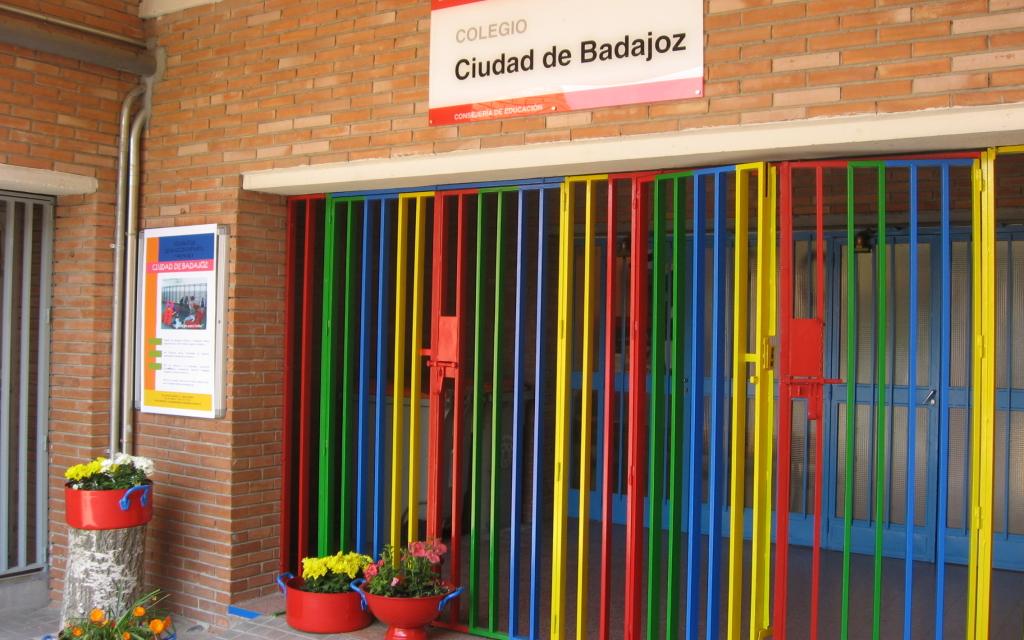 Escolares de 88 aulas de colegios de Extremadura no pueder ir a clase por el coronavirus