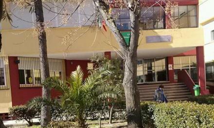 El Ayuntamiento de Badajoz asume la desinfección de dos colegios tras dar positivo dos alumnos