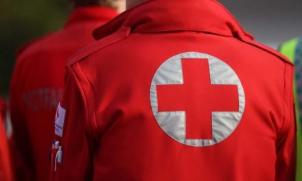 Un hombre de 50 años resulta herido al caer de un tejado en Almendralejo