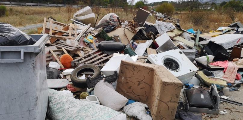 Adenex alerta de la existencia de escombreras ilegales en el Jerte