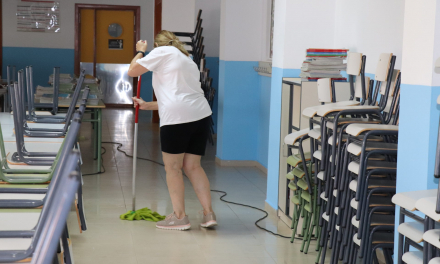 Villanueva intensifica la limpieza de colegios para garantizar una regreso a las aulas seguro