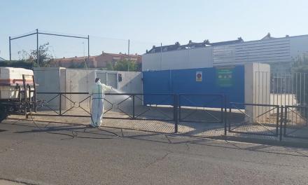 Mérida intensifica la limpieza y desinfección del interior y entorno de los centros educativos