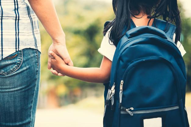 Los médicos no están obligados a justificar las faltas de escolares ante el miedo al contagio