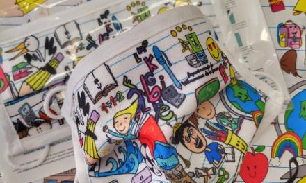 Villanueva de la Serena reparte 600 mascarillas con personajes y monumentos locales