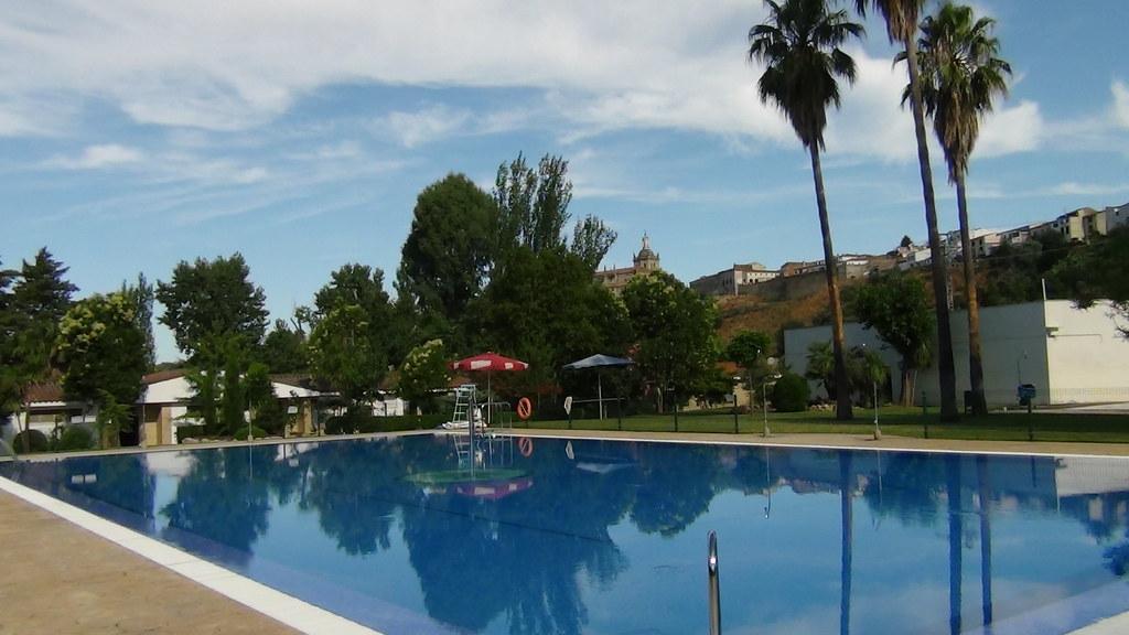 Más de 30.000 bañistas disfrutaron de las piscinas municipales de Coria durante el verano