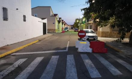 Moraleja establece un único sentido de circulación para garantizar la seguridad en el colegio Virgen de la Vega