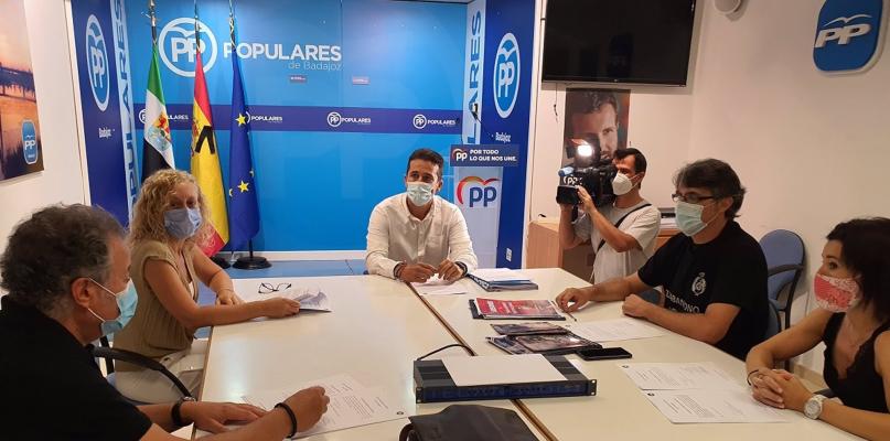 Diputados del PP buscan reconocer a los funcionarios de prisiones como agentes de autoridad