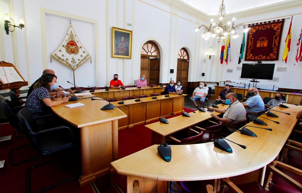 Mérida estudia si es viable que las asociaciones de vecinos hagan uso de sus locales ante la Covid-19
