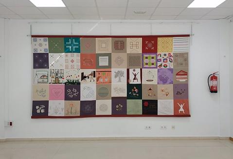 El museo 'Pérez Enciso' expone un tapiz hecho por mujeres durante el confinamiento