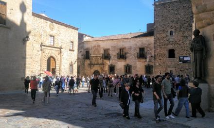 Cáceres registra una caída del 40% del turismo en julio frente al 64% de la media nacional