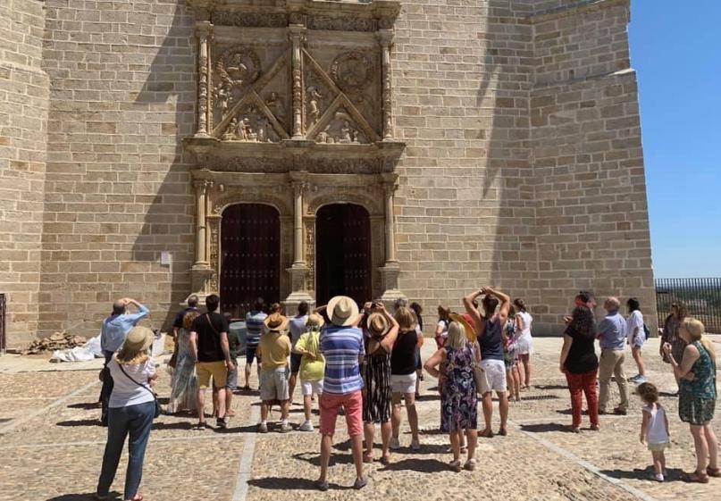 La oficina de turismo de Coria registra un incremento de visitantes durante la época estival