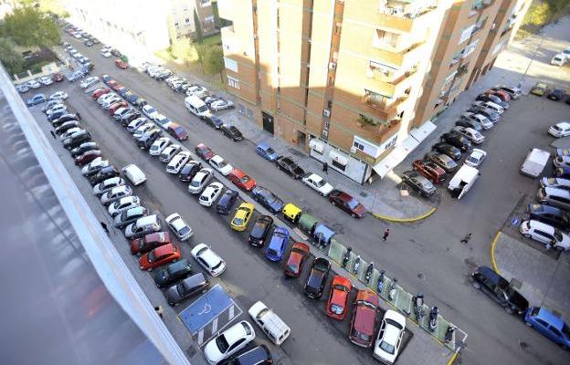 El PSOE de Badajoz pide información sobre el futuro aparcamiento de Valdepasillas