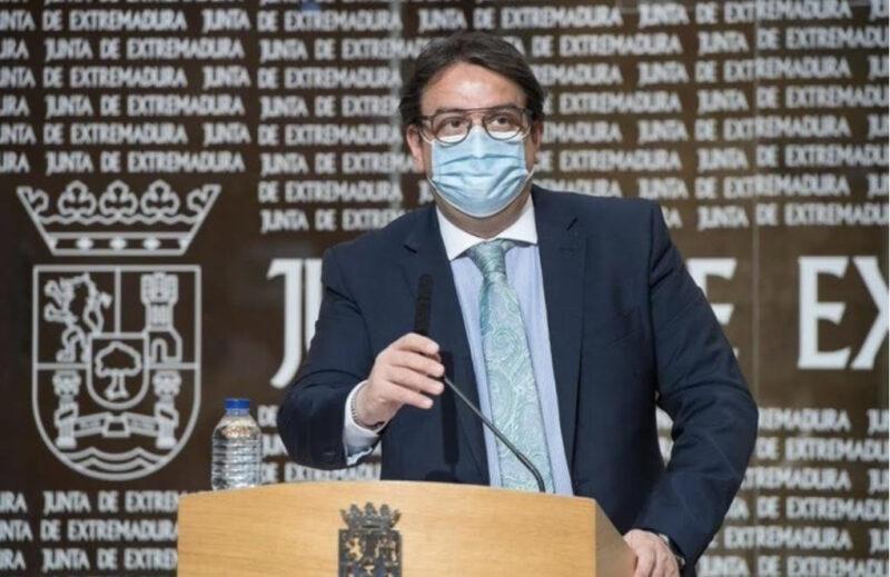 Vergeles asegura que Extremadura es una de las regiones de España menos afectada por la Covid