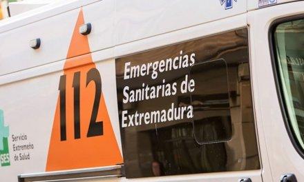 Trasladado al Universitario de Badajoz tras salirse de la carretera el coche que conducía