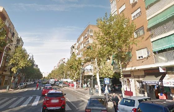 Herido de gravedad un motorista tras chocar con un coche en Badajoz