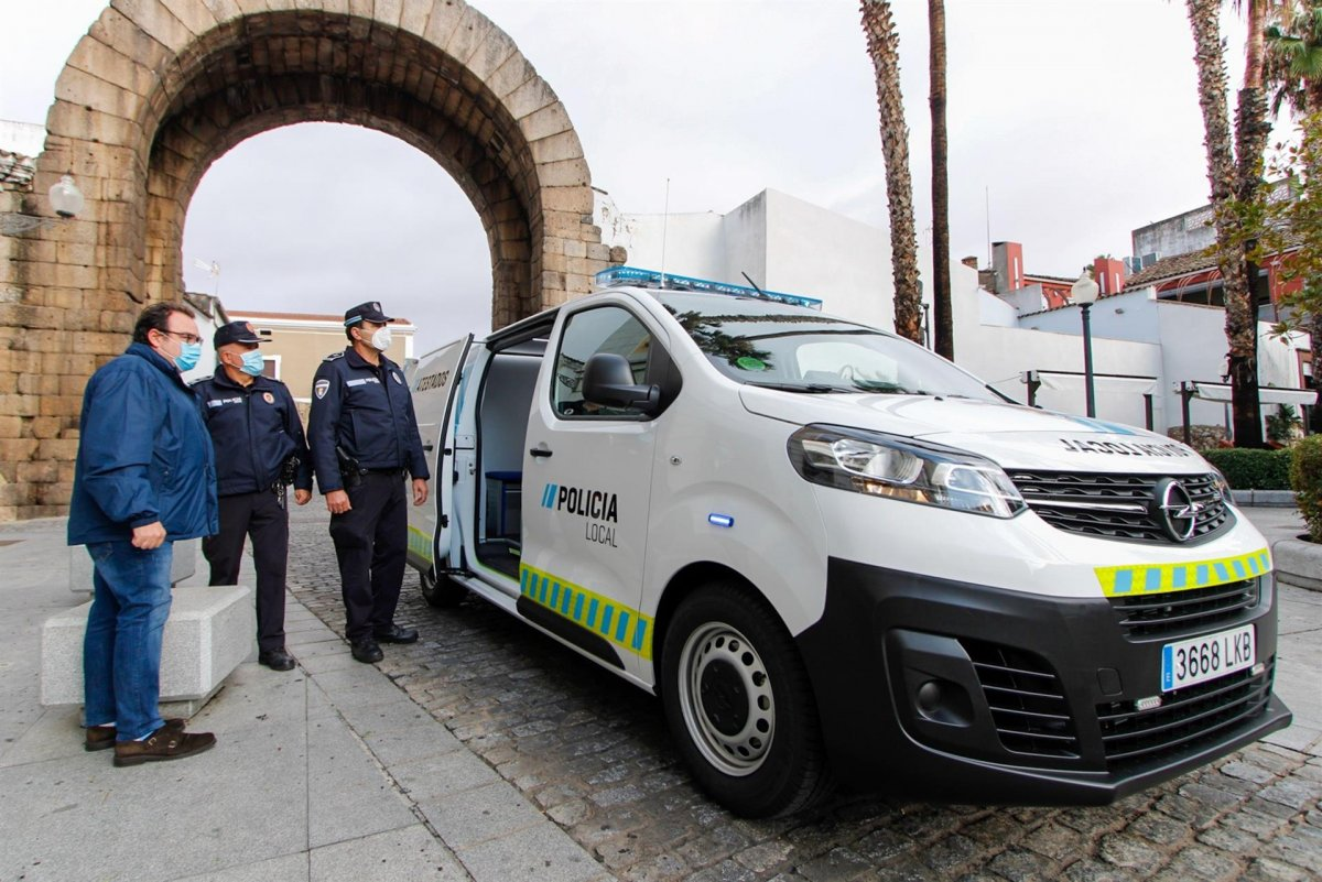 Detenido un menor en Badajoz por agredir a dos agentes de Policía