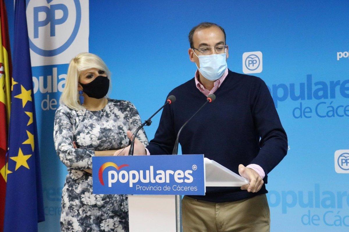 El PP asegura que la falta de previsión retrasa los presupuestos del consistorio cacereño