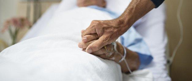Fallece por coronavirus un varón de 81 años natural de la localidad pacense de Feria