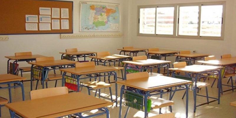 Sanidad cierra 159 aulas por la incidencia del virus entre alumnos y docentes