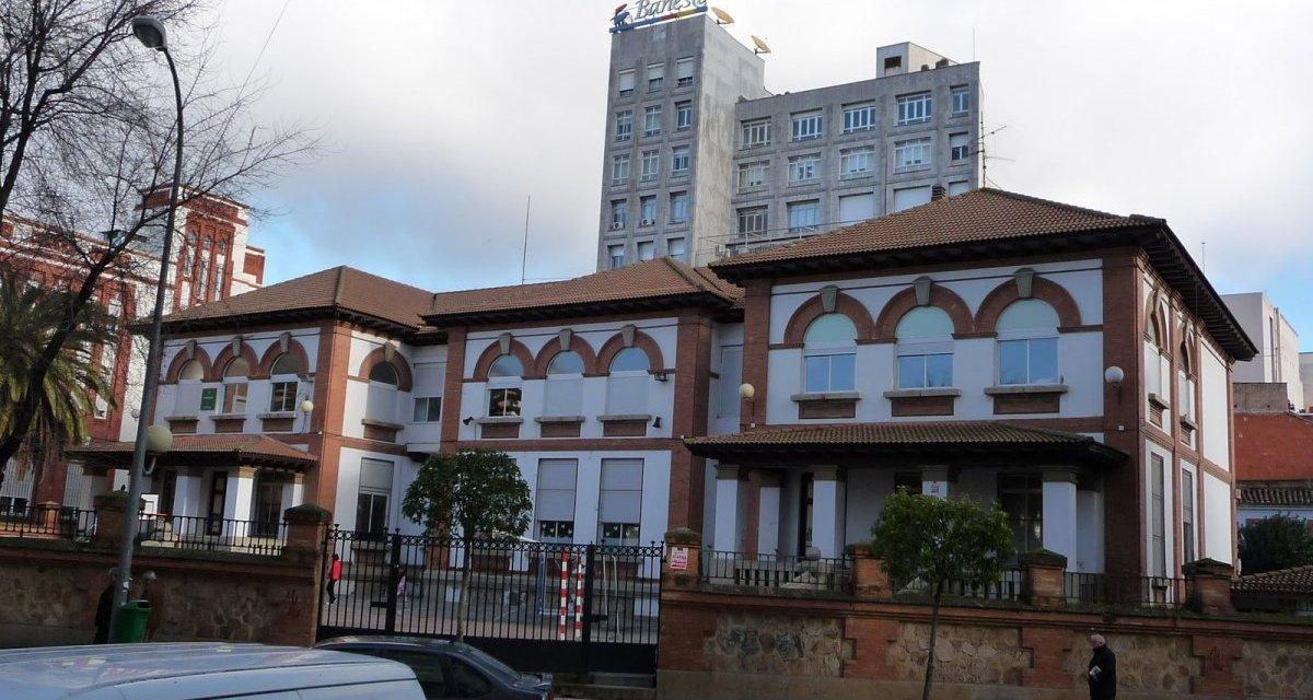 Abren las aulas de los centros General Navarro, Lope de Vega, Sagrada Familia, y Enrique Iglesias de Badajoz