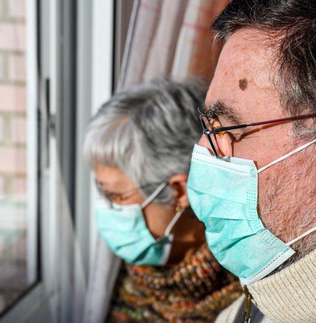 Más de 300 contagios y 62 muertes en residencias desde que arrancó la segunda oleada