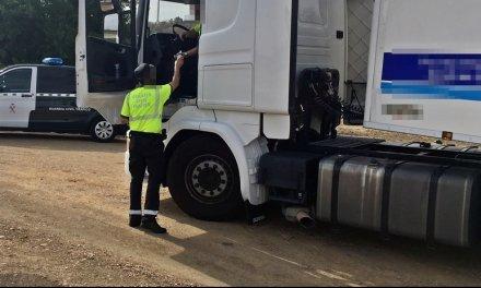 Investigadas dos personas por manipular el tacógrafo de un camión de ganado en Feria