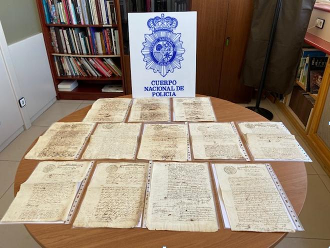 Recuperan 28 manuscritos de los siglos XVI, XVIII y XIX de gran valor que estaban a la venta en internet