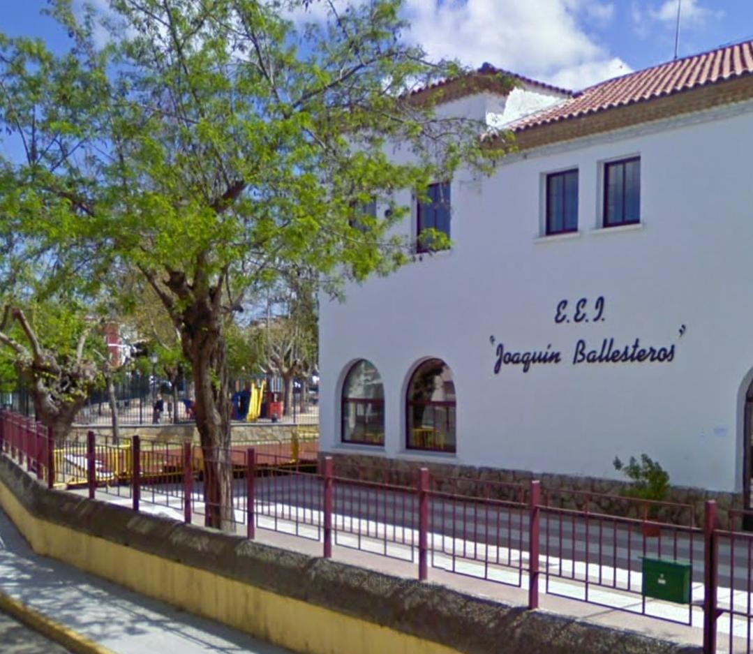 Clausuran dos aulas del Joaquín Ballesteros de Moraleja tras detectar dos positivos por Covid