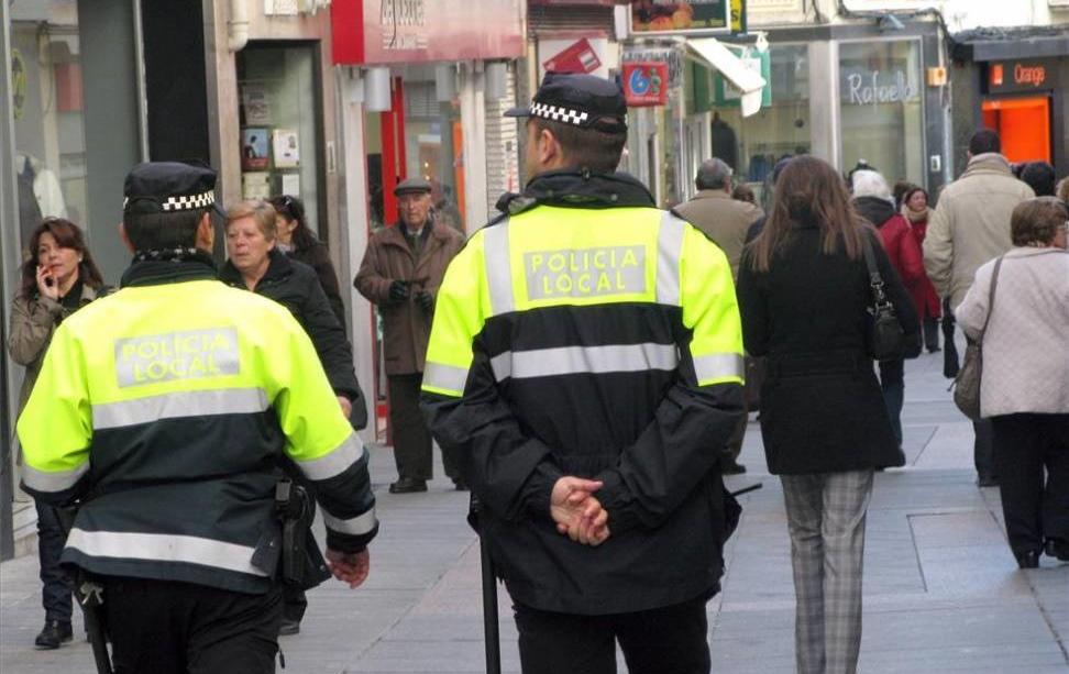 La Policía Local de Cáceres interpone más de 200 sanciones en un mes por incumplir las normas