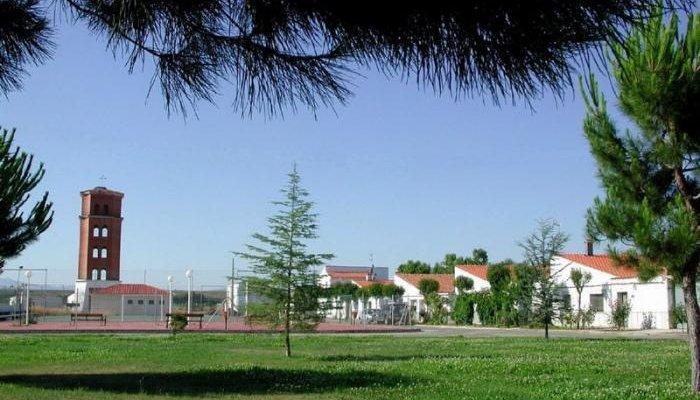El coronavirus mantiene aislados a escolares de Valverde del Fresno y de Rincón del Obispo