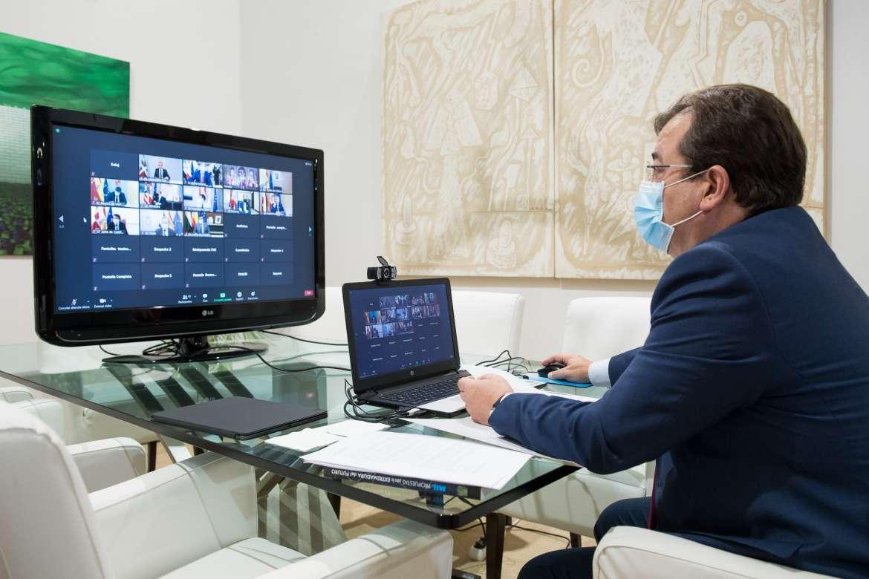 La Junta reclama a Sánchez planes transfronterizos como la vía Castelo Branco-Moraleja