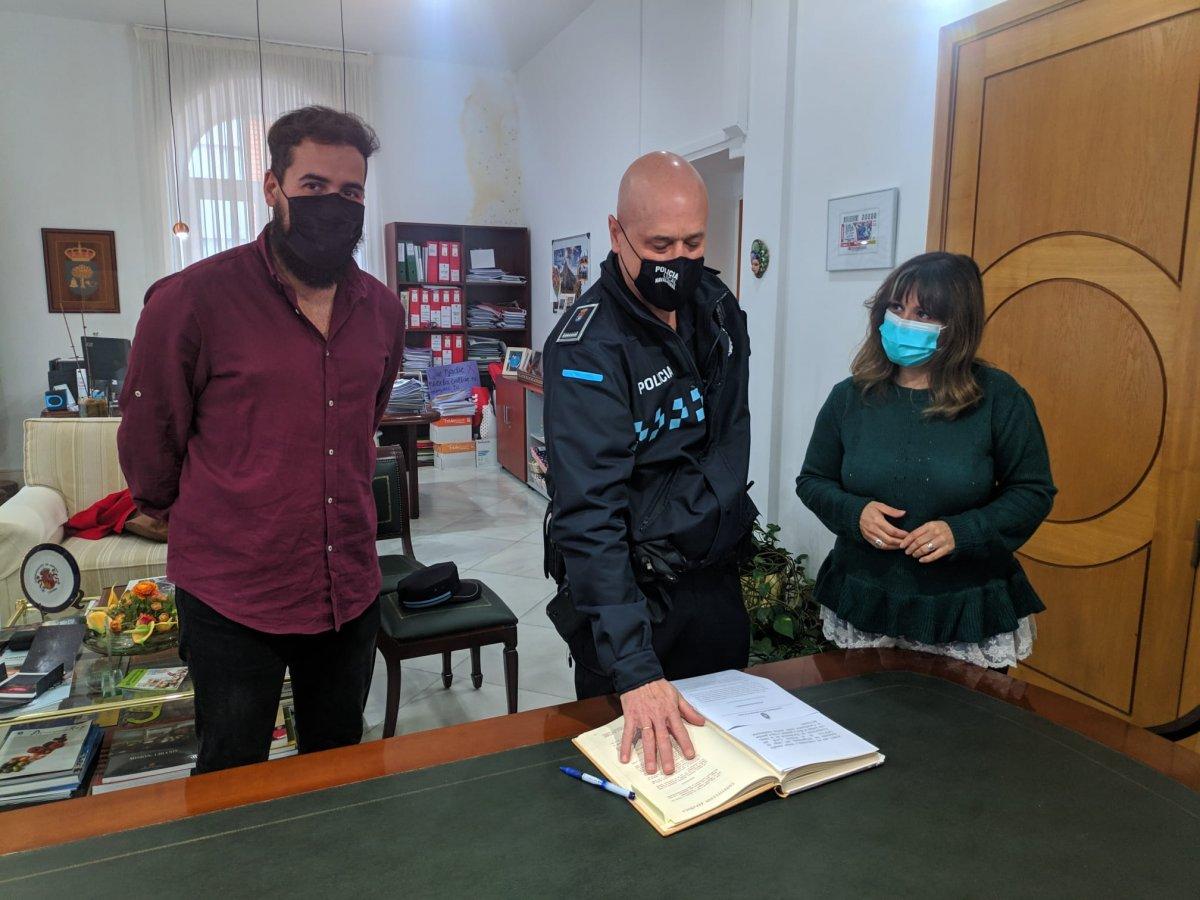 Agustín García se convierte en el nuevo oficial jefe de la Policía Local de Navalmoral