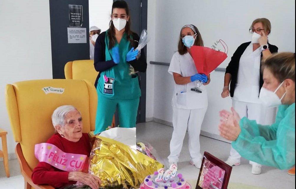 La Residencia de Mayores de Arroyo de la Luz homenajea a una de sus residentes por su 100 cumpleaños