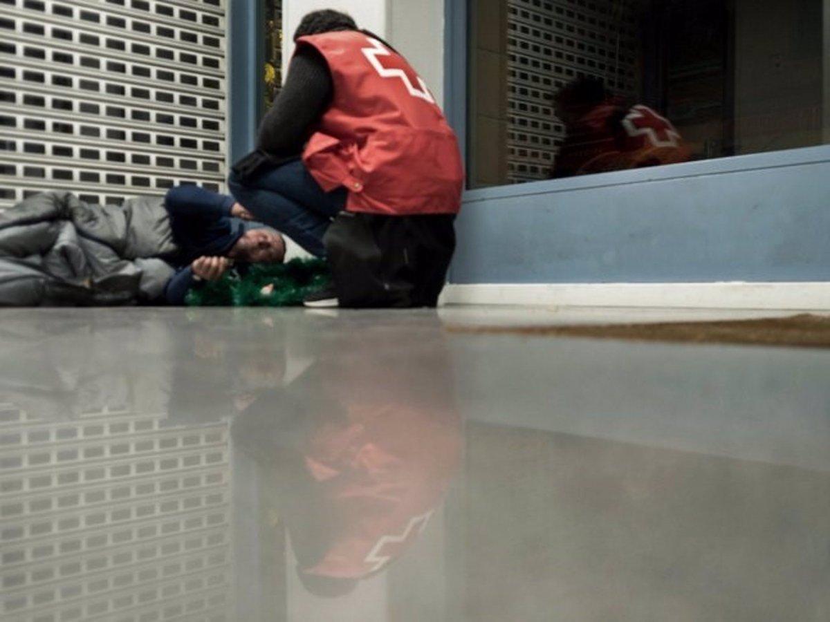 Cruz Roja refuerza la atención a personas sin hogar ante la llegada del frío