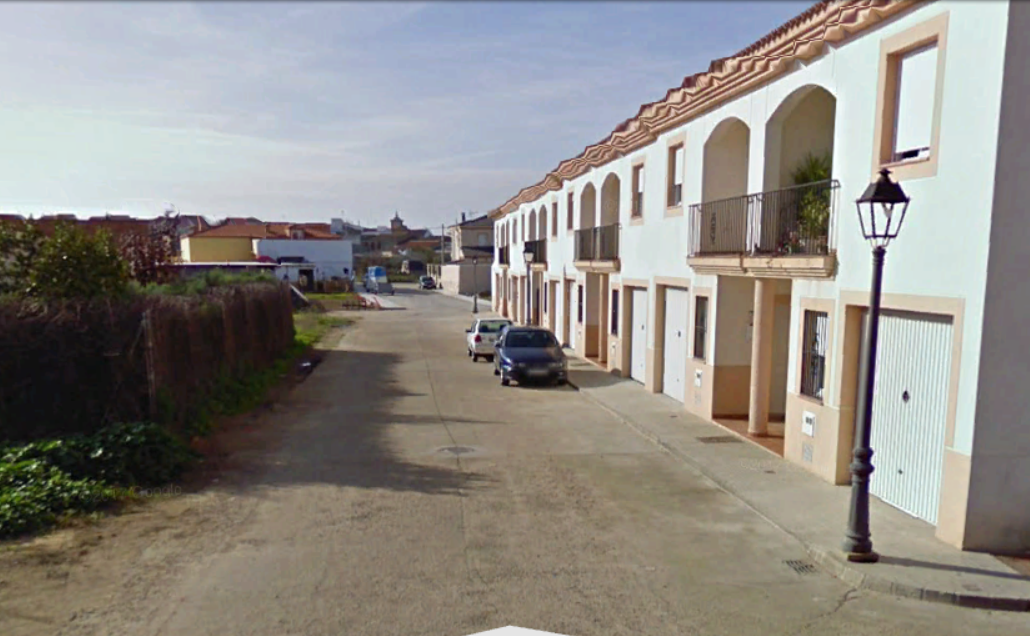 Trasladan al hospital de Mérida a una mujer de Trujillanos tras incendiarse su casa