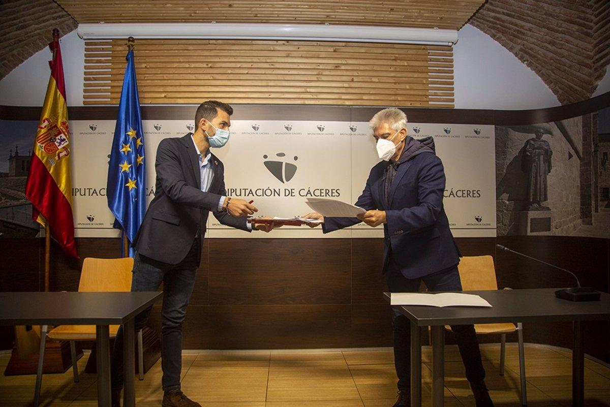 PSOE y C's llegan a un acuerdo para la aprobación del Presupuesto de la Diputación de Cáceres
