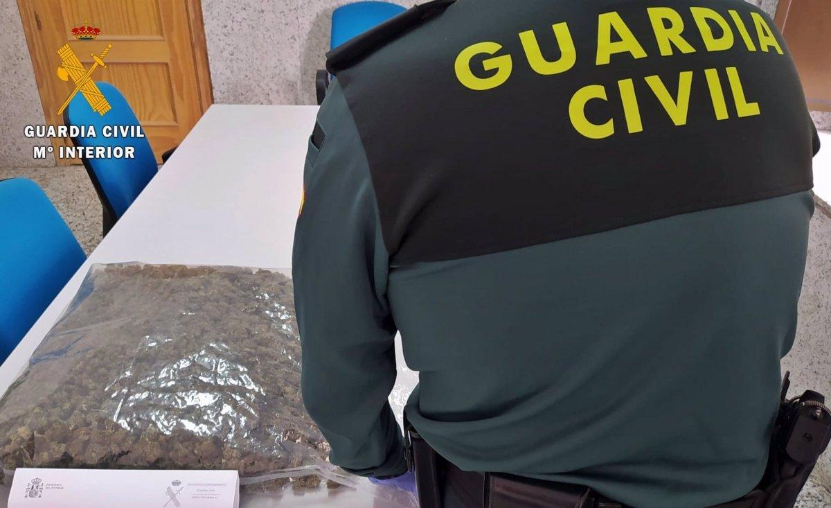 Detenido un vecino de Talayuela con dos kilos de marihuana